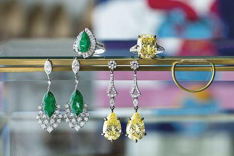 Green, Jewellery, Fashion accessory, Emerald, Yellow, Earrings, Aqua, Body jewelry, Gemstone, Crystal,
