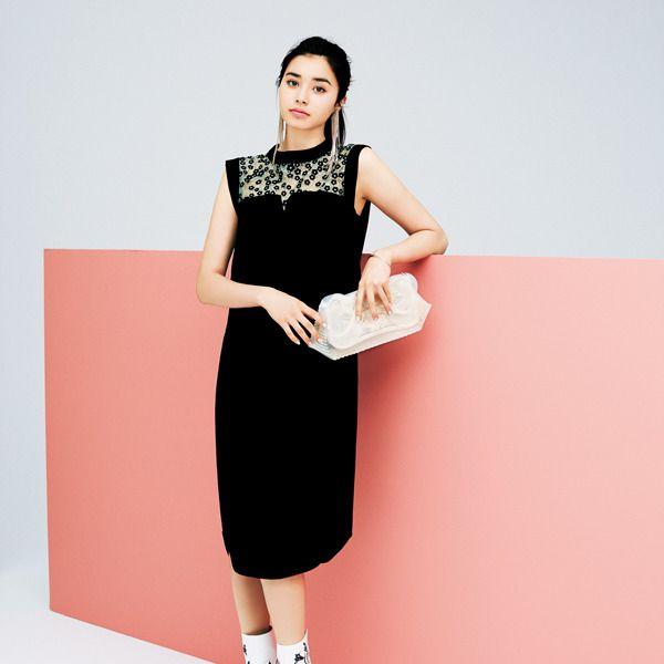 Clothing, Dress, Fashion model, White, Shoulder, Pink, Neck, Fashion, Sleeve, Footwear,