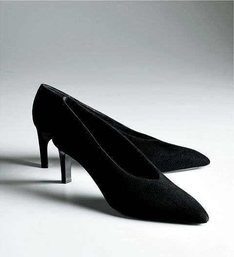 Footwear, High heels, Black, Court shoe, Shoe, Basic pump, Leather, Photography,