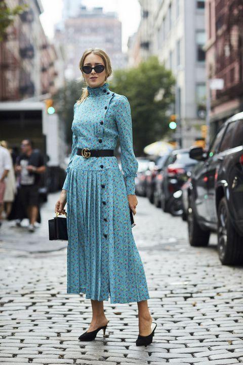 Clothing, Street fashion, Photograph, Fashion, Blue, Turquoise, Snapshot, Footwear, Dress, Denim,