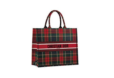 Tartan, Handbag, Pattern, Bag, Plaid, Design, Textile, Fashion accessory, Tote bag, Kilt,