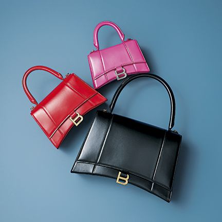 Handbag, Bag, Birkin bag, Fashion accessory, Red, Pink, Leather, Kelly bag, Material property, Luggage and bags,