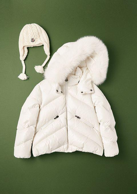 White, Outerwear, Clothing, Jacket, Hood, Sleeve, Coat, Fur, Parka, Hoodie,