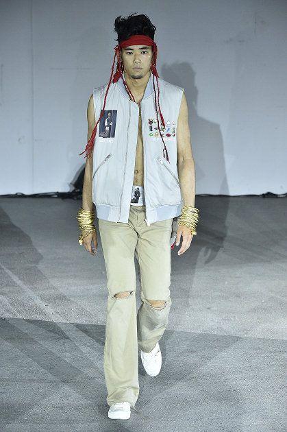 Fashion, Clothing, Street fashion, Fashion design, Jeans, Outerwear, Human, Cool, Jacket, Headgear,