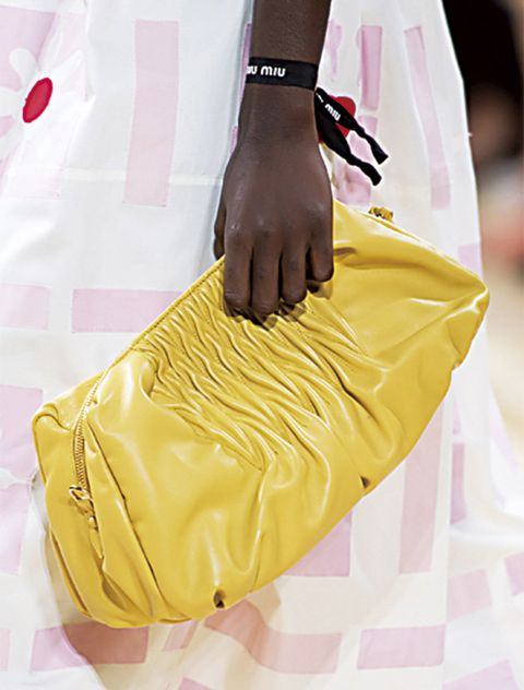 Yellow, Bag, Handbag, Fashion, Shoulder, Joint, Fashion accessory, Footwear, Dress, Fashion design,