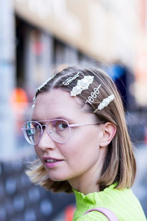 Hair, Eyewear, Face, Glasses, Head, Hair accessory, Hairstyle, Headband, Beauty, Forehead,