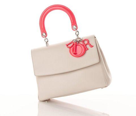 Bag, Red, Style, Fashion accessory, Shoulder bag, Carmine, Khaki, Luggage and bags, Tan, Beige,