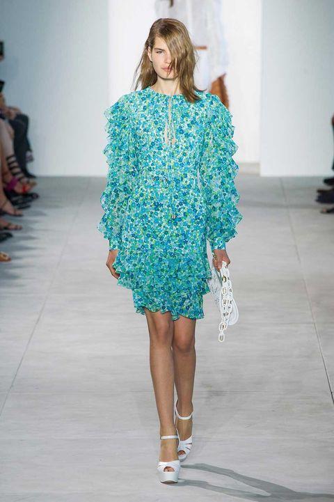 Fashion show, Shoulder, Runway, Joint, One-piece garment, Style, Dress, Fashion model, Fashion, Waist,