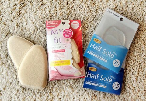 Product, Cotton pad, Ear, Foot,