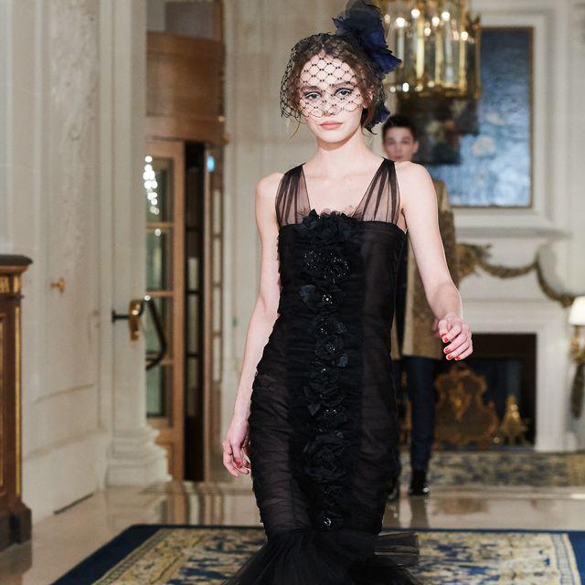 Dress, Flooring, Floor, One-piece garment, Fashion, Day dress, Cocktail dress, Waist, Fashion model, Headpiece,