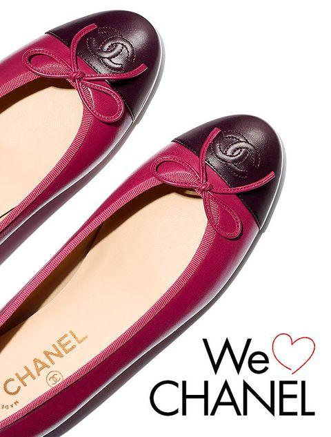 Footwear, Pink, Magenta, Material property, Font, Shoe, Ballet flat,
