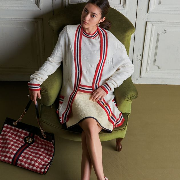 White, Style, Bag, Collar, Pattern, Fashion, Knee, Street fashion, Luggage and bags, Design,