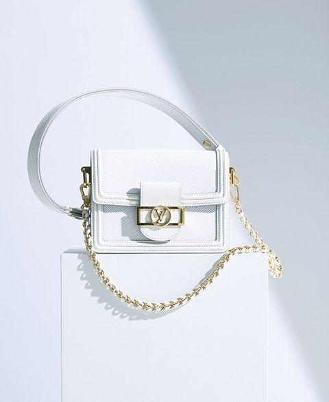 White, Product, Fashion accessory, Silver, Chain, Bag, Handbag, Beige, Jewellery, Circle,