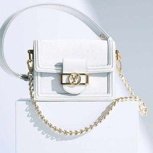 Fashion accessory, Silver, Bag, Handbag, Chain, Shoulder bag, Metal,