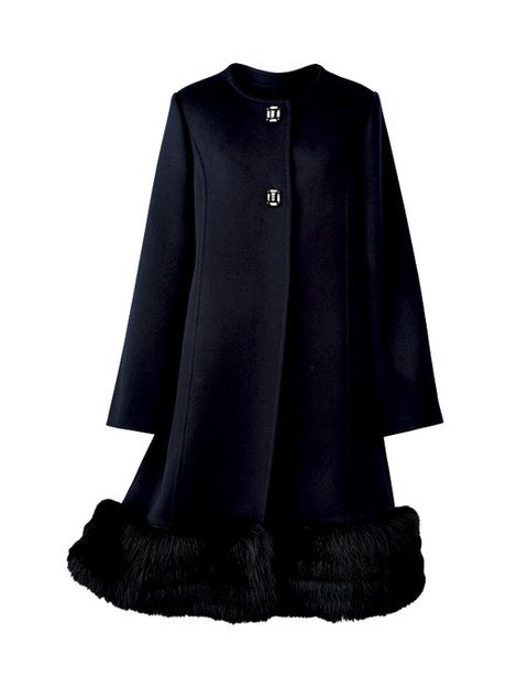 Clothing, Black, Outerwear, Sleeve, Coat, Costume, Cape, A-line,