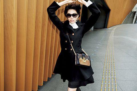 Clothing, Black, Collar, Outerwear, Fashion, Formal wear, Suit, Coat, Waist, Little black dress,