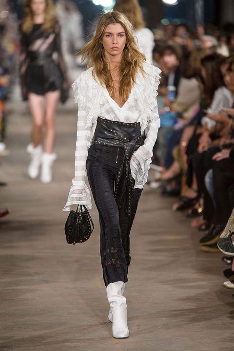 Human, Fashion show, Shoulder, Runway, Outerwear, Fashion model, Style, Street fashion, Winter, Waist,