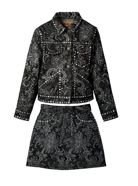 Clothing, Outerwear, Sleeve, Coat, Collar, Jacket, Top, Dress, Pattern, Blouse,