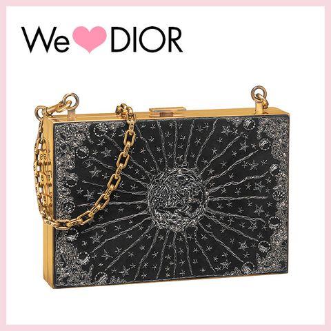 Handbag, Bag, Fashion accessory, Chain, Coin purse, Font, Rectangle, Silver, Shoulder bag, Leather,