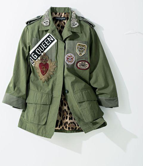 Clothing, Outerwear, Sleeve, Military uniform, Uniform, Jacket, Collar, Button, Pattern, Fashion design,
