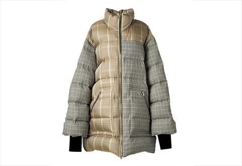 Clothing, Outerwear, Jacket, Hood, Sleeve, Fur, Parka, Beige, Coat, Top,