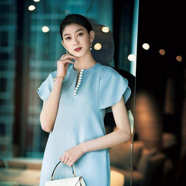 Clothing, White, Fashion model, Blue, Shoulder, Skin, Beauty, Fashion, Dress, Turquoise,