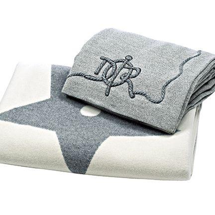 Linens, Textile, Rectangle, Towel, Silver,