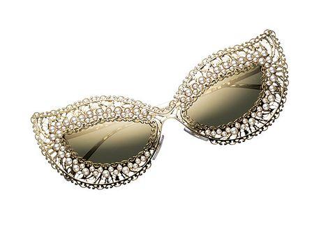 Eyewear, Jewellery, Fashion accessory, Sunglasses, Body jewelry, Glasses, Gemstone, Diamond, Ear, Silver,