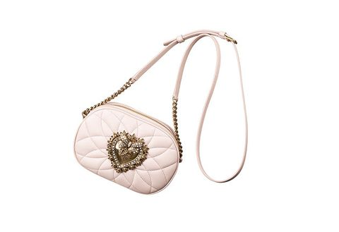 Fashion accessory, Jewellery, Leaf, Chain, Bag, Body jewelry, Beige, Pendant, Necklace, Handbag,