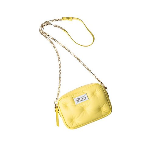 Bag, Yellow, Handbag, Shoulder bag, Beige, Fashion accessory, Leather, Material property, Chain, Satchel,