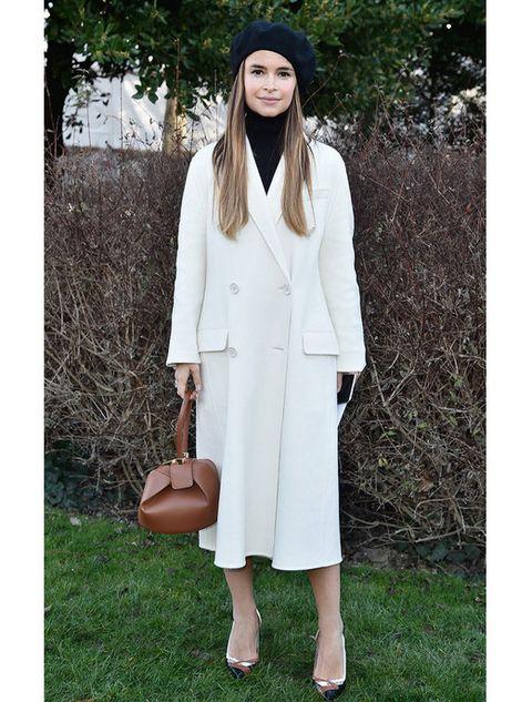 Clothing, Sleeve, Coat, Textile, Outerwear, Style, Collar, Street fashion, Blazer, Overcoat,