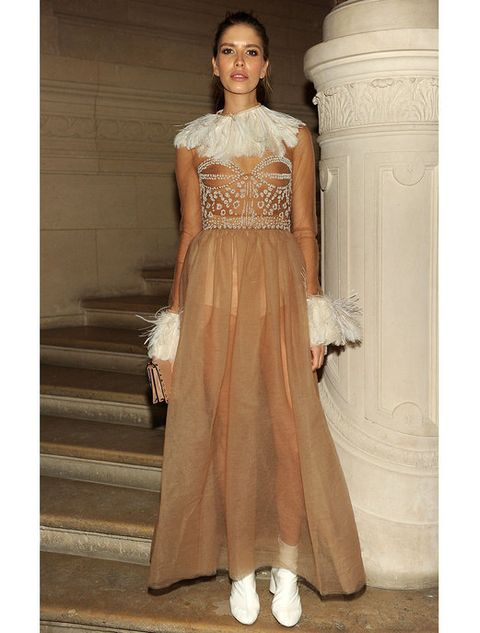 Brown, Human body, Shoulder, Dress, Textile, Joint, Standing, Formal wear, Style, Gown,