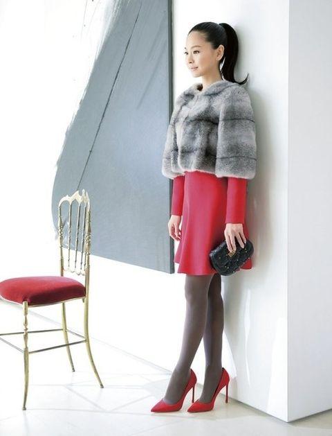 Clothing, Red, Fashion, Fur, Pink, Footwear, Leg, Shoulder, Tights, Knee,