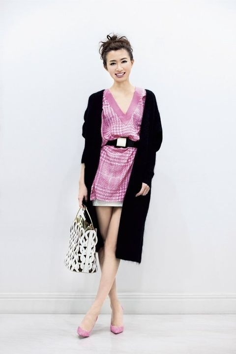 Clothing, Fashion model, Pink, Fashion, Dress, Outerwear, Magenta, Shoulder, Formal wear, Blazer,