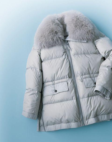 Clothing, Fur, Outerwear, Jacket, Fur clothing, Collar, Sleeve, Parka, Hood, Coat,