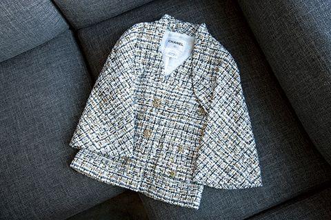 Sleeve, Collar, Textile, Pattern, Sweater, Woolen, Button, Woven fabric, Stitch, Pocket,