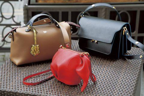 Handbag, Bag, Red, Fashion accessory, Leather, Luggage and bags, Messenger bag, Design, Material property, Shoulder bag,