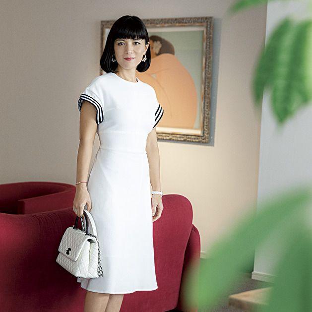 Clothing, White, Shoulder, Dress, Leg, Fashion model, Pink, Joint, Waist, Neck,