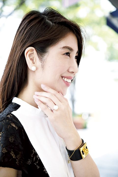 Ear, Lip, Hairstyle, Skin, Eyebrow, Happy, Wrist, Eyelash, Style, Jaw,