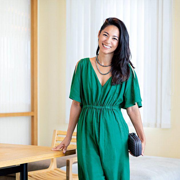 Clothing, Dress, Green, Turquoise, Fashion model, Formal wear, Gown, Fashion, Nightwear, Fashion design,