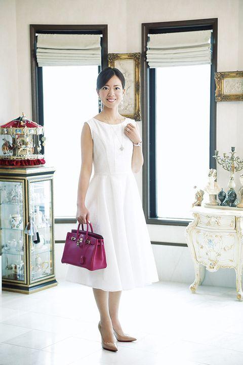 White, Clothing, Shoulder, Dress, Photograph, Pink, Wedding dress, Bridal party dress, Bridal clothing, Yellow,