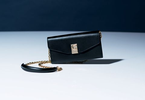 Fashion accessory, Wallet, Leather, Bag, Material property, Coin purse, Handbag,