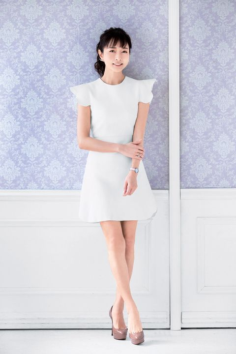 Clothing, White, Dress, Fashion model, Beauty, Fashion, Pink, Snapshot, Shoulder, Leg,