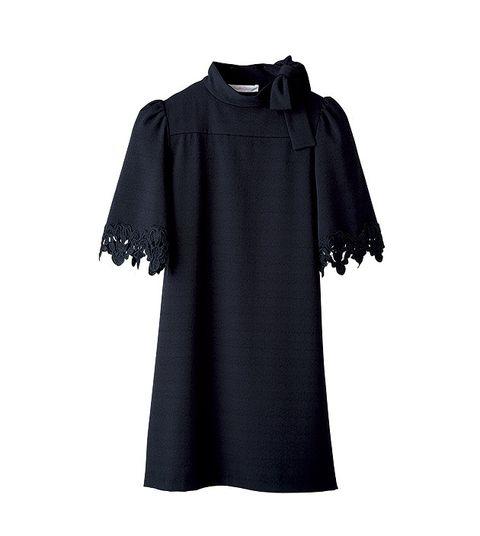 Clothing, Black, Sleeve, Outerwear, Dress, Day dress, Blouse, T-shirt, Little black dress, Collar,