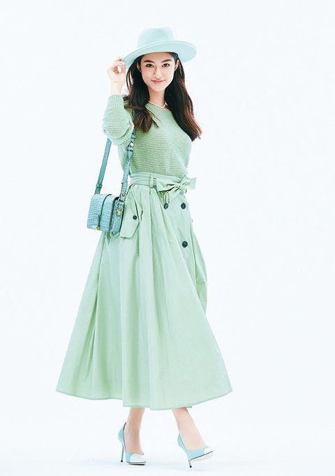 Clothing, White, Green, Waist, Dress, Trench coat, Outerwear, Sleeve, Fashion, Day dress,