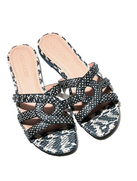 Footwear, Shoe, Slipper, Sandal, Beige, Flip-flops, Fashion accessory,