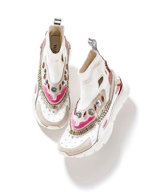 Footwear, White, Shoe, Product, Pink, Beige, Sneakers, Athletic shoe, Outdoor shoe, Sportswear,