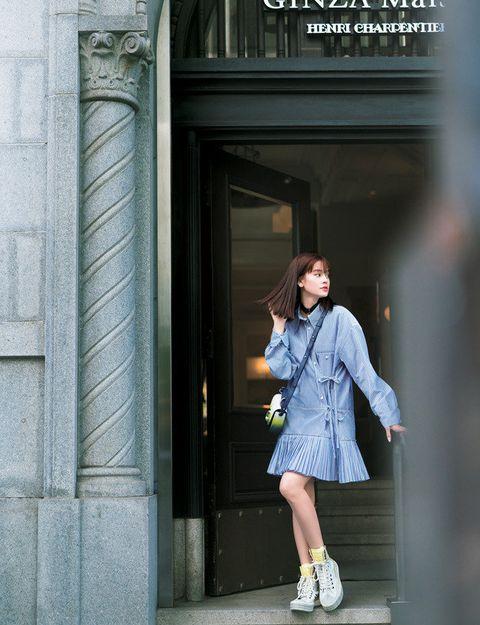 Photograph, Blue, Standing, Street fashion, Snapshot, Denim, Fashion, Beauty, Footwear, Shoe,