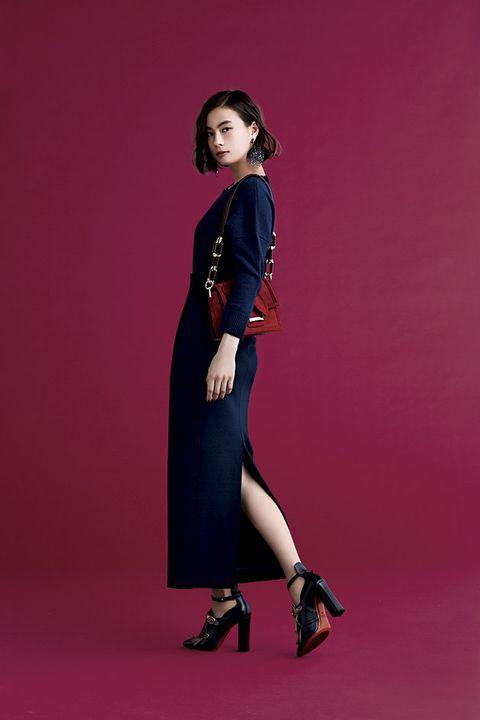 Fashion model, Clothing, Dress, Photo shoot, Fashion, Shoulder, Footwear, Formal wear, Neck, Sleeve,