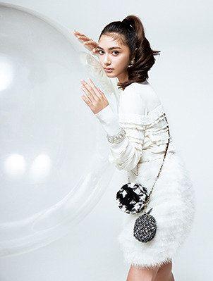 White, Clothing, Shoulder, Beauty, Fashion model, Photo shoot, Fashion, Dress, Photography, Waist,